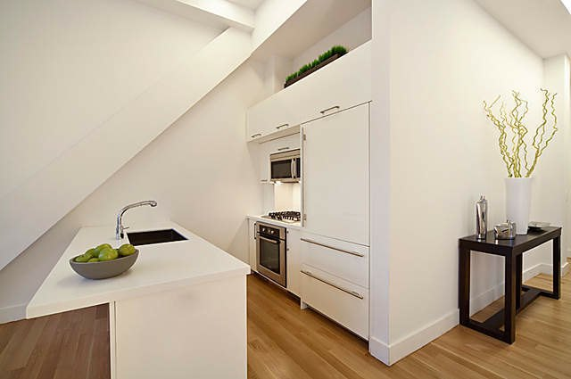52 east 4th street in east village luxury apartments in for Arredare mansarda open space