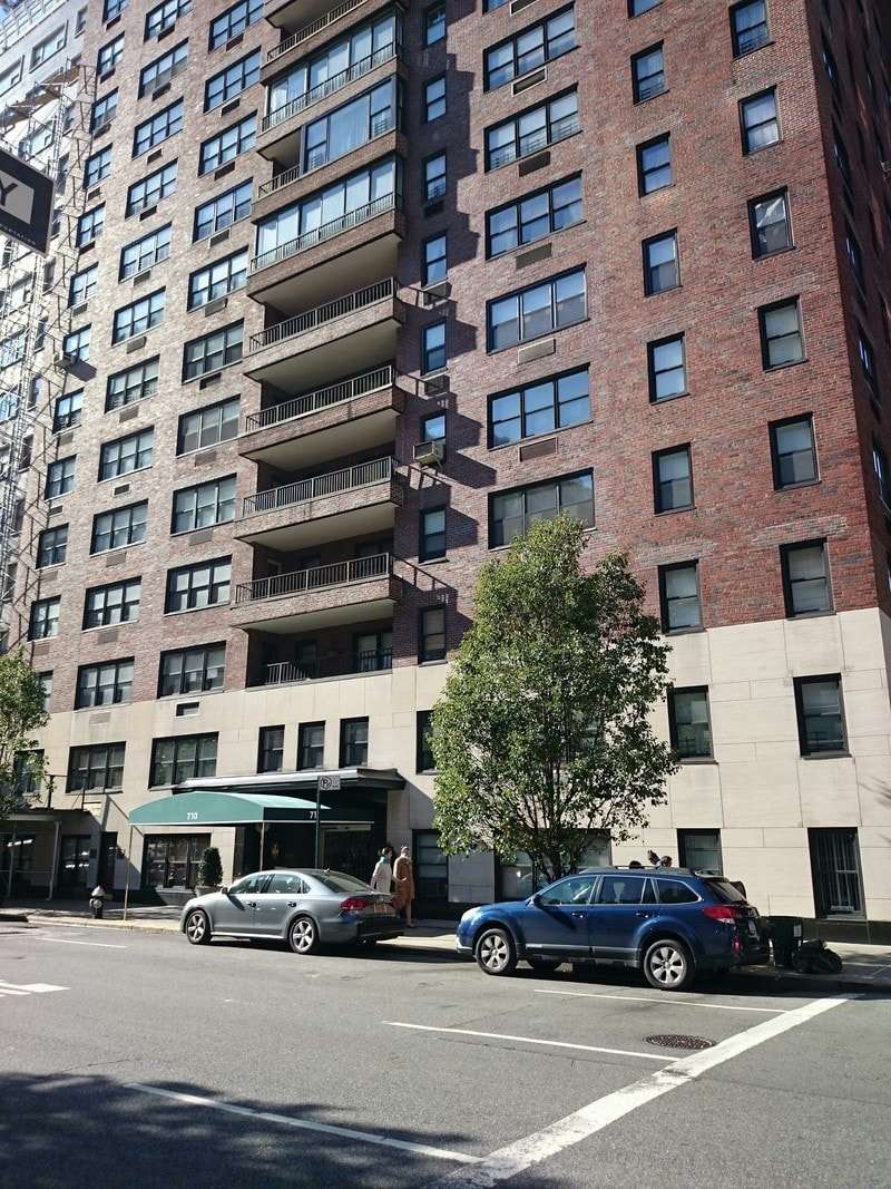 710 park avenue in upper east side luxury apartments in. Black Bedroom Furniture Sets. Home Design Ideas