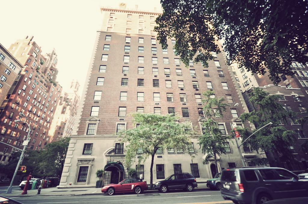775 Park Avenue In Upper East Side Luxury Apartments In