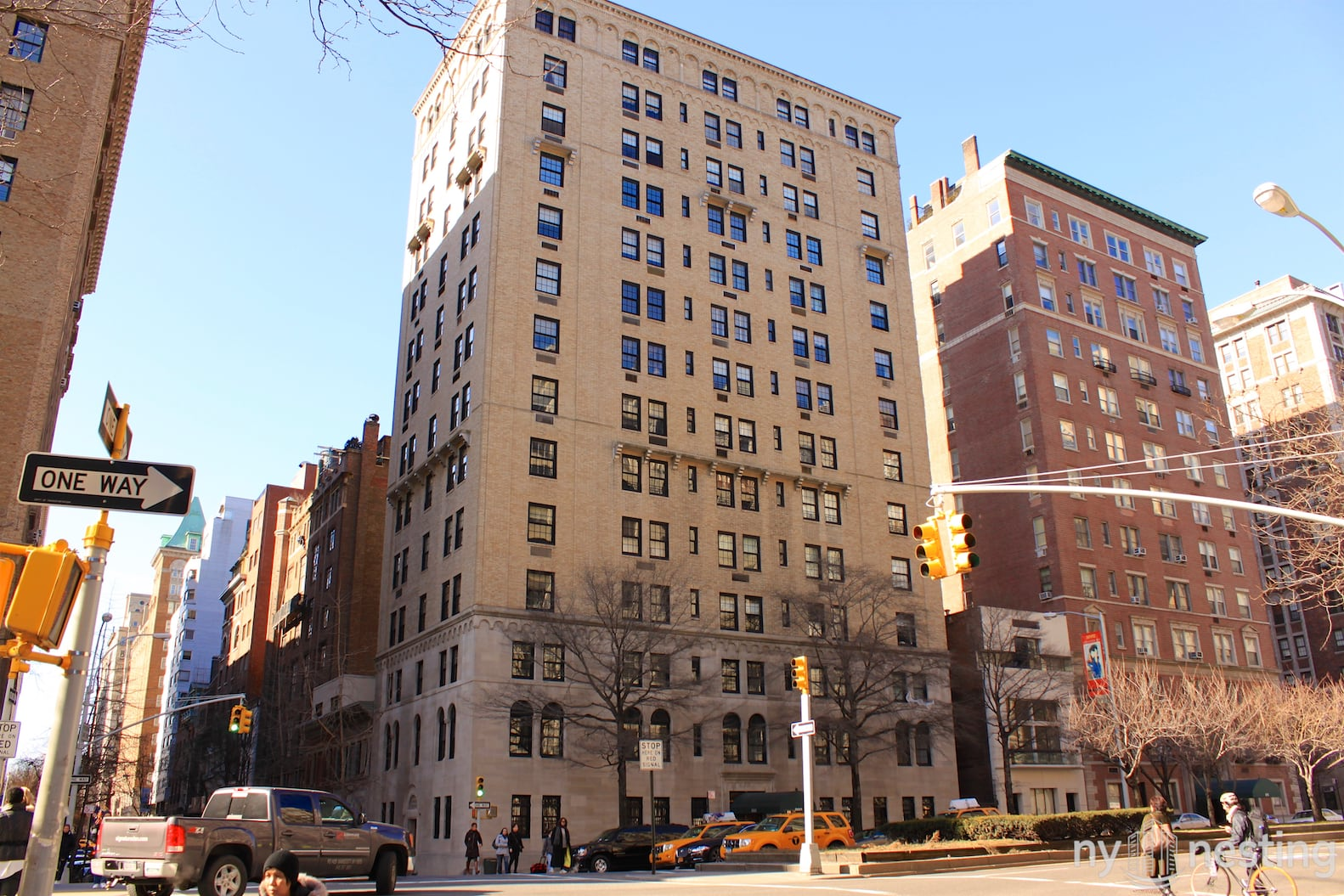 860 Park Avenue In Upper East Side Luxury Apartments In