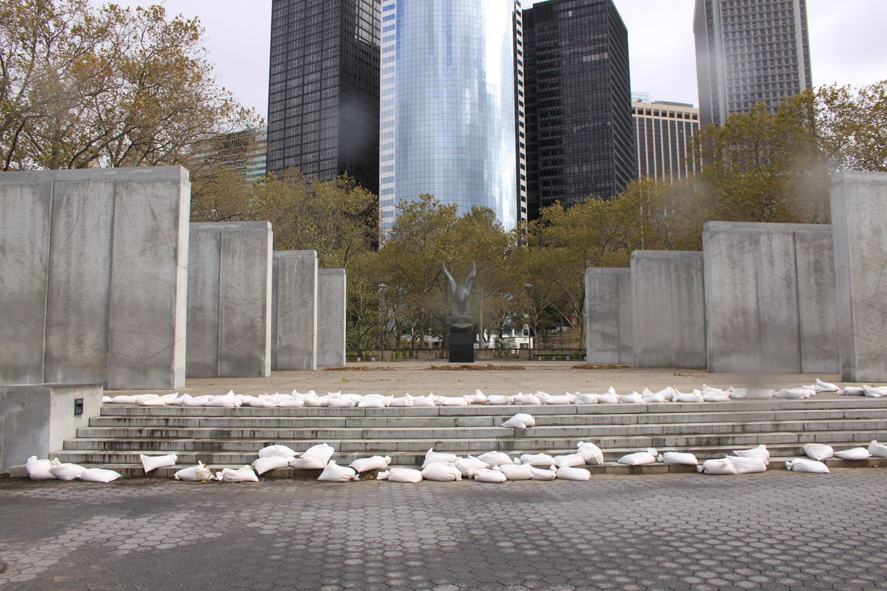 Memorial_Wall_in_NYC's_Battery Park experienced no damage after Sandy