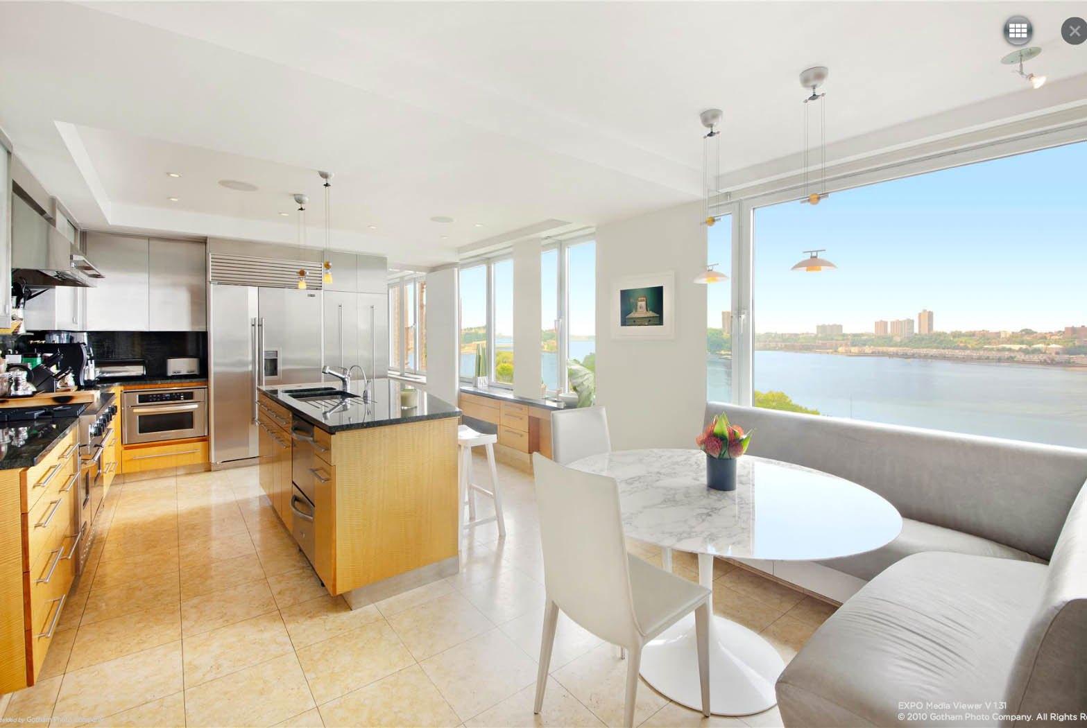 Ben Stiller Apartment At 118 Riverside Drive Kitchen