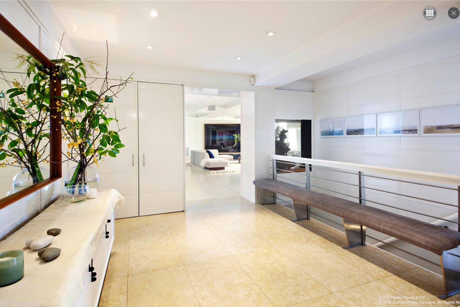 Ben Stiller Apartment At 118 Riverside Drive Stairs