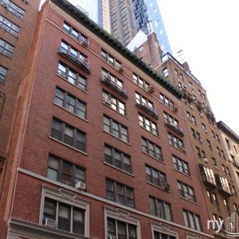 140 West 58th Street co-op