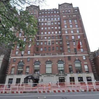 360 West 34th Street Rental