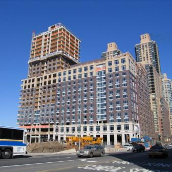 33 West End Avenue Rental