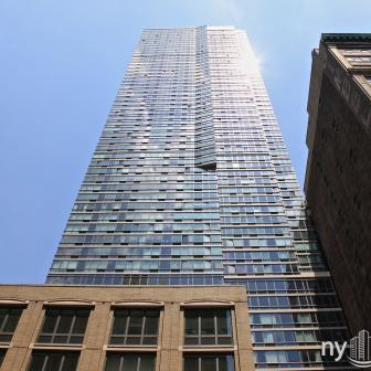The Epic 125 West 31st Street Building