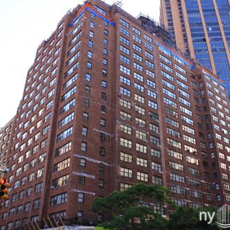 The Murray Park 120 East 34th Street Building