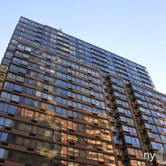 The Ventura 240 East 86th Street luxury condominium