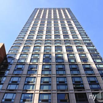 Tower 31 9 West 31st Street Building
