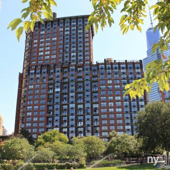 Tribeca Park - 400 Chambers Street Units