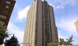 200 Gateway Plaza 355 South End Avenue Facade