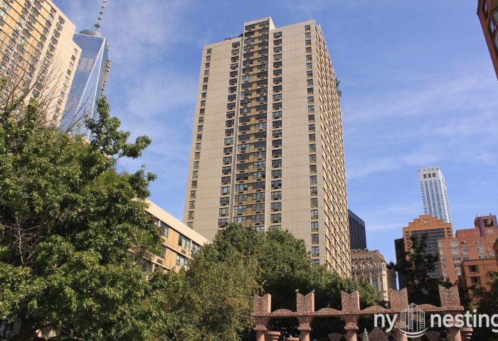 100 Gateway Plaza - 345 South End Avenue In Battery Park City