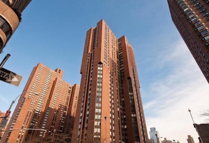 1601 Third Avenue Condominium