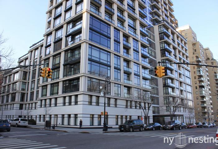 170 East End Avenue Condominium