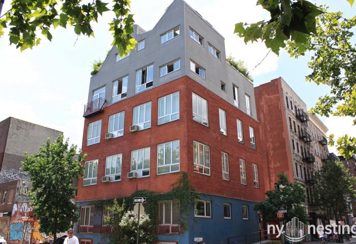 179 Rivington Street Building
