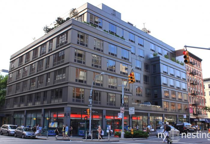 305 West 16th Street Modern Condop Building