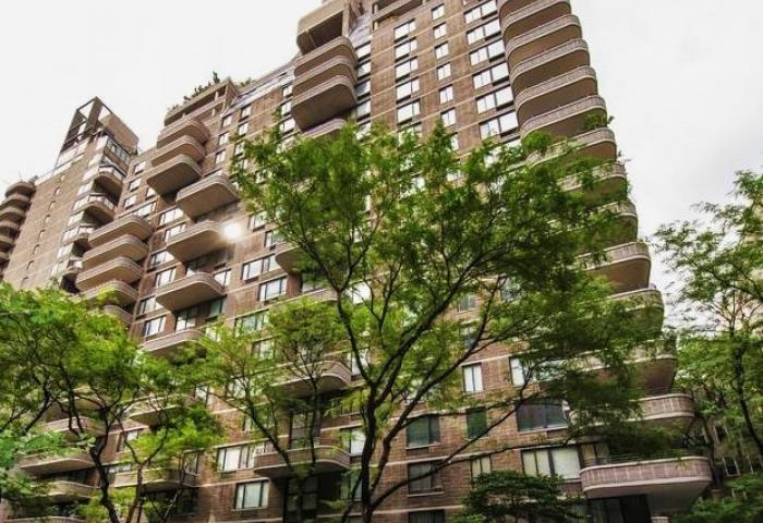 309 East 49th Street Condominium