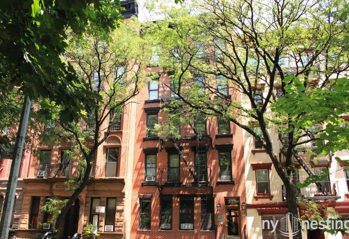 325 East 10th Street - Pre-war Rental