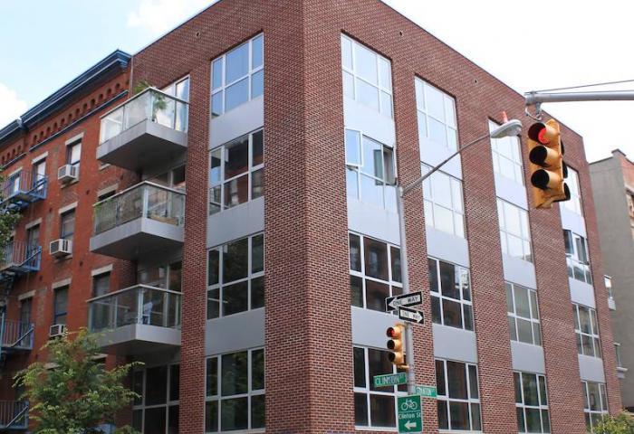 32 Clinton Street Building