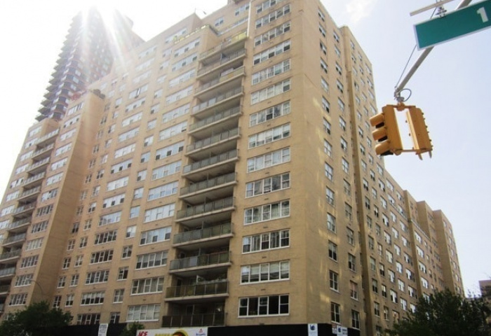 370 East 76th Street Co-op