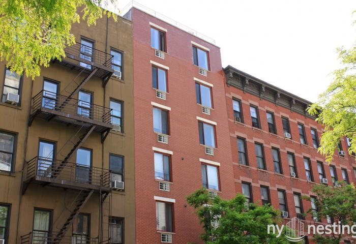 428 West 49th Street Rental in Midtown West