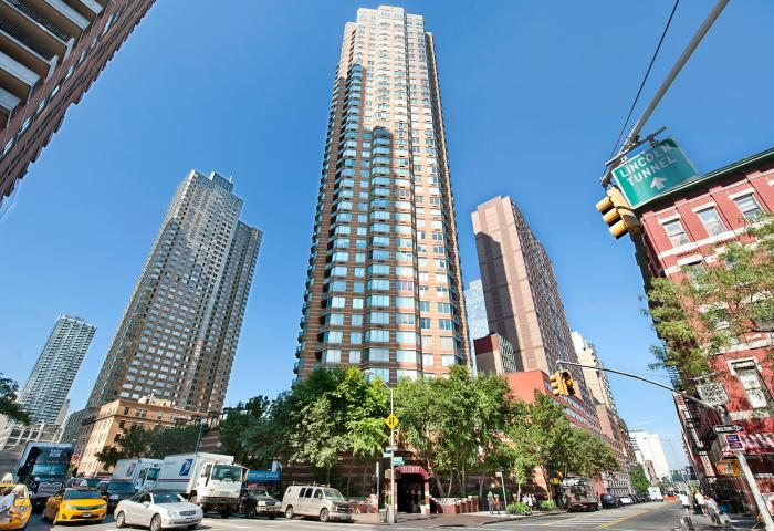 500 West 43rd Street Condominium