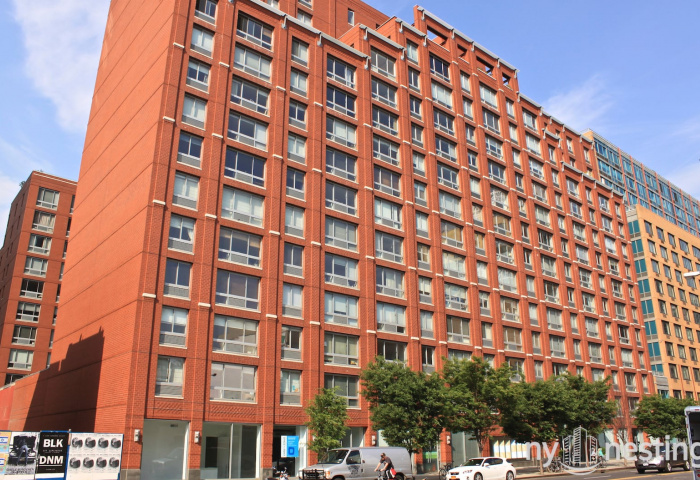 555 West 23rd Street Modern Architecture