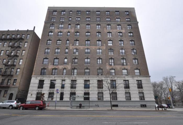 676 Riverside Drive Building