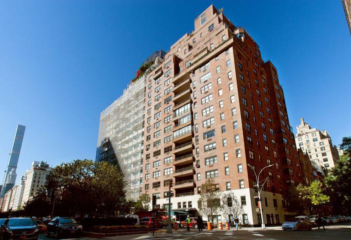 710 Park Avenue