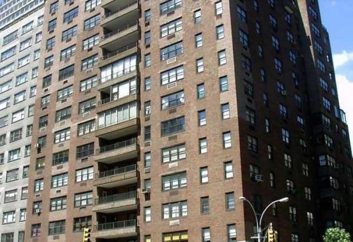 710 Park Avenue 20-story Co-op