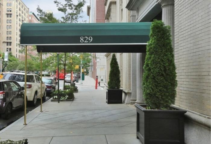 829 Park Avenue Building
