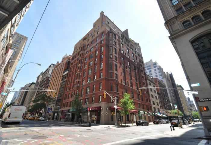 121 Madison Avenue Pre-war Luxury Building