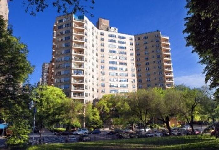 200 East End Avenue Co-op