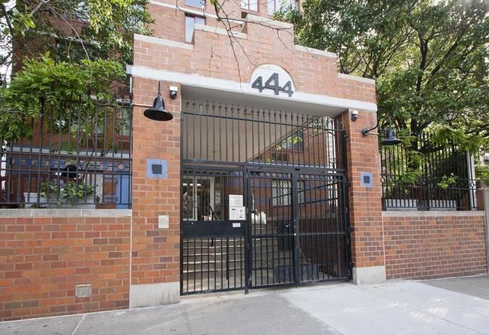 444 West 35th Street Rental