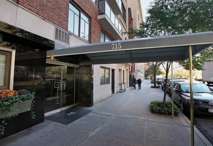 715 Park Avenue Condominium with Full Time Doorman