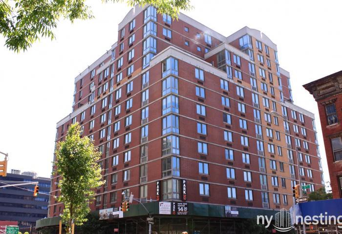 Hudson Crossing 400 West 37th Street in Midtown West