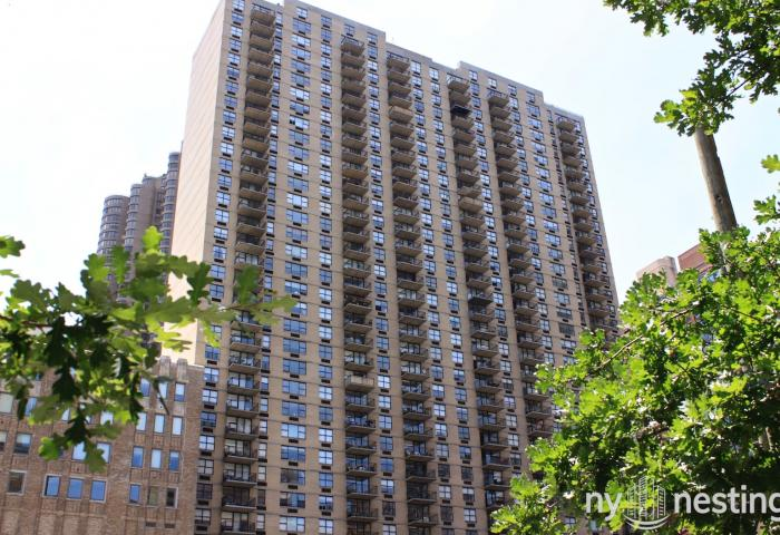 New York Tower 330 East 39th Street Apartments in Murray Hill