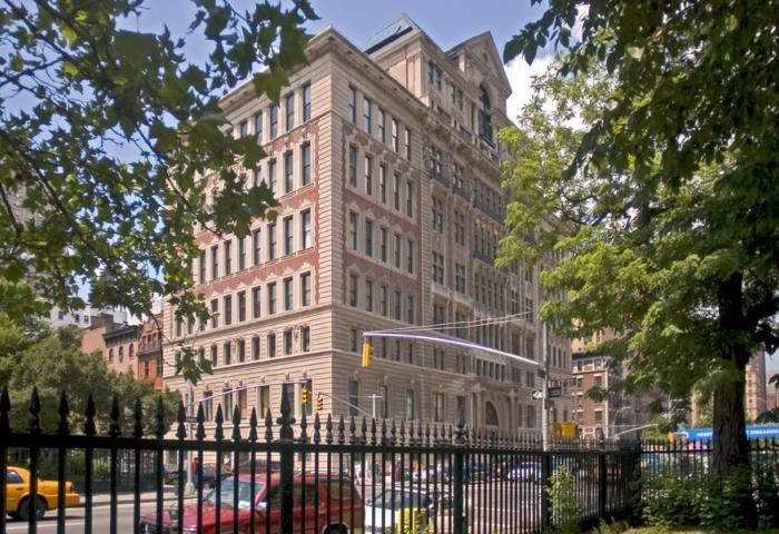 Rutherford Place 305 Second Avenue Condominium