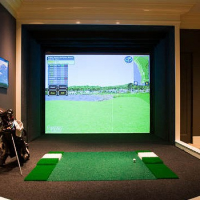 Virtual Golf Room