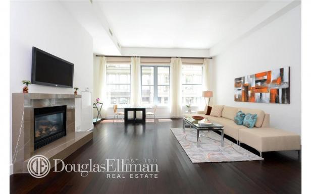 92 Greene Street Lindsay Lohan's living room