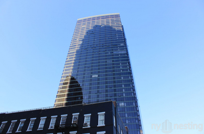One East River Place
