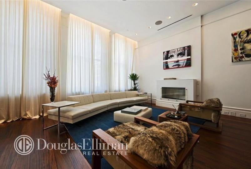 102 Prince Street loft living room