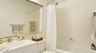 100_gateway_plaza_345_south_end_avenue_bathroom1.jpg