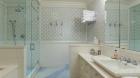 10_west_10th_street_bathroom.jpg