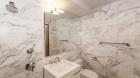 151_west_21st_street_bathroom3.jpg
