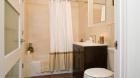 17_orchard_street_bathroom.jpg