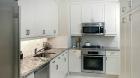 905_west_end_avenue_kitchen1.jpg