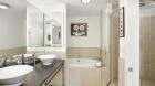 cobblestone_lofts_bathroom1.jpg