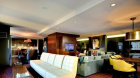 greenwich_club_residences_lounge.jpg
